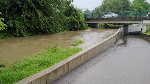 55_Hochwasserschutzmauer
