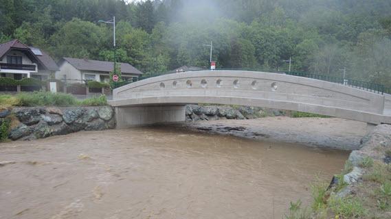 57_Hochwasser-optimierte Brücke Kirchberg